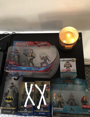 Dc bundle for 35$ or best offer...if you want something separately message me..pending sell on the batmans that has an x on it for Sale in Cleveland, OH