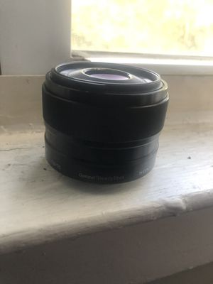 Sony 35mm 1.8 oss for Sale in West Hartford, CT