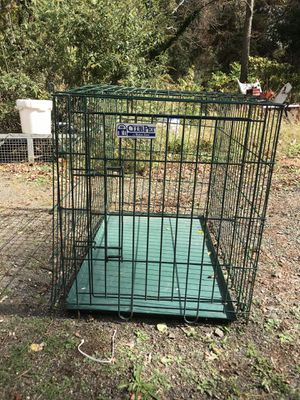 Folding dog crate for Sale in Wrightstown, NJ