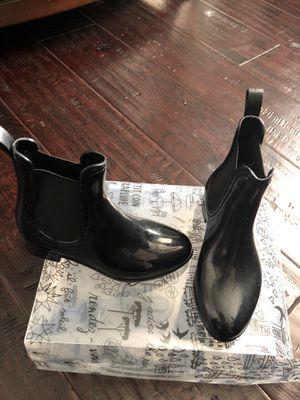 Little girl size 12 ankle rain boots for Sale in Nashville, TN