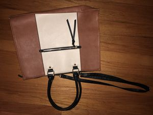 Merona messenger bag for Sale in Wethersfield, CT
