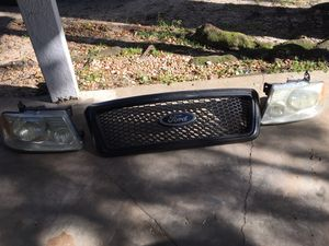 F150 Grill and headlights for Sale in Apopka, FL
