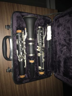 Clarinet instrument with case for Sale in Orlando, FL