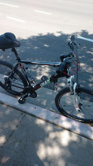 Giant Revel 2 XCT 26 XL frame mountain Bike for Sale in Turlock, CA