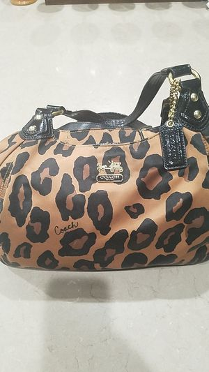 Coach authentic purse for Sale in Goodyear, AZ