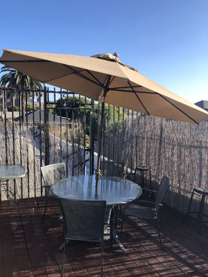 Proshade patio dining set table with umbrella for Sale in Long Beach, CA