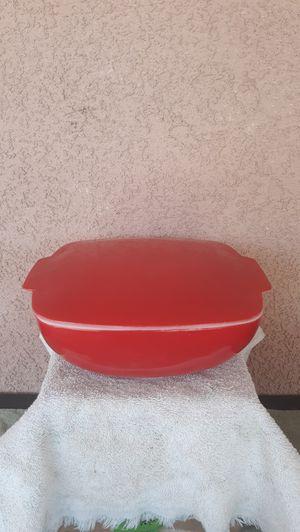 Pyrex 2.5 quart ovenware for Sale in La Quinta, CA