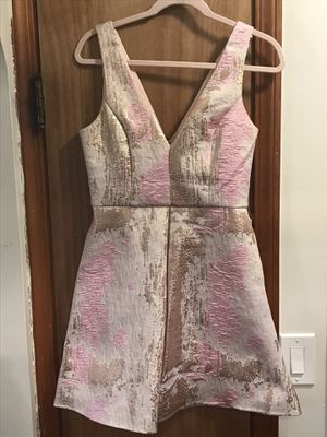 Homecoming / formal dress MEDIUM pink, ivory, rose gold for Sale in Parma, OH