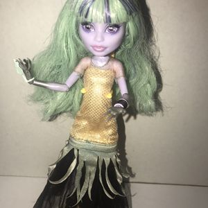 Monster High Twyla First Wave 13 Wishes Doll, for Sale in Terrell, TX