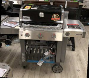 WEBER GENESIS II 66011001 NATURAL GAS BBQ 5MGLM for Sale in Hawthorne, CA