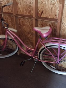 Schwinn Womens Cruiser for Sale in Tacoma,  WA