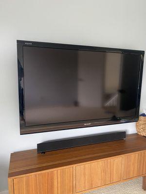 """Sharp LC-60E88UN Aquos - 60"""" LCD TV for Sale in Newport Beach, CA"""