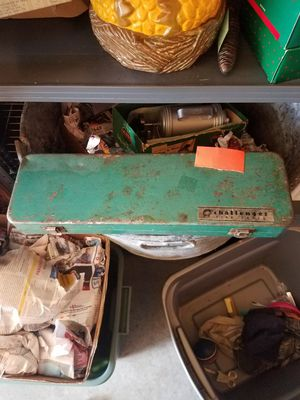 Challenger metal tool box for Sale in Larchwood, IA