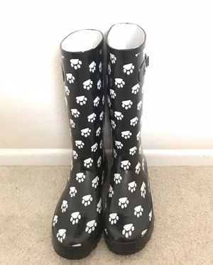 Paw 🐾 Print Rain Boots - Women's size 10 for Sale in Rancho Santa Margarita, CA
