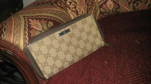Gucci Zip Around Wallet for Sale in Austin, TX