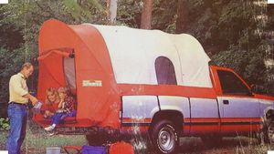 VINTAGE WENZEL SUNDOWNER TRUCK TENT for Sale in Kailua, HI