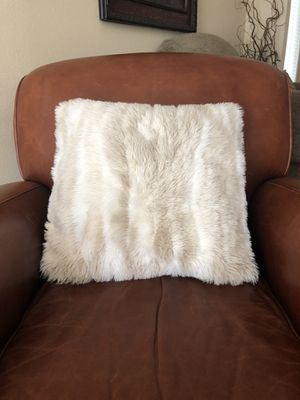 World market faux fur pillow for Sale in Vancouver, WA