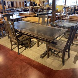World Market Industrial Metal Top Table W/ 4 Chairs for Sale in Auburn,  WA