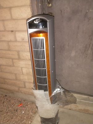 """Lasko Whirlwind 42"""" 3 Speed Oscillating Fan with Remote for Sale in Gilbert, AZ"""
