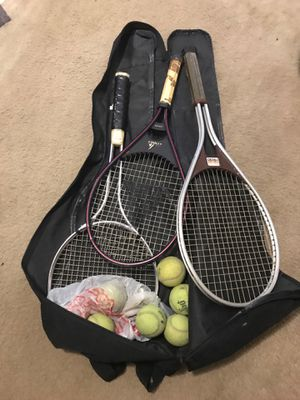 Tennis bag with 3 rackets and balls for Sale in Seffner, FL