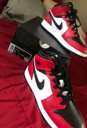 Air Force 1 mid Chicago black toe for Sale in Addison, IL