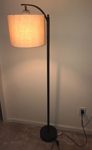 Black Floor Stand Lamp for Sale in Salem, MA