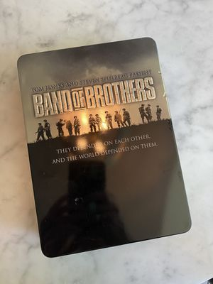 Band of Brothers 6 disc series in collectors tin for Sale in Elk Grove, CA