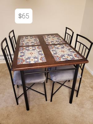 Dining table for Sale in Fremont, CA
