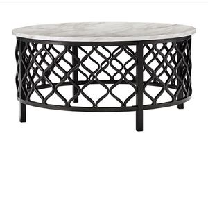 Indoor/Outdoor Cocktail table Brand New for Sale in Ridgefield, WA