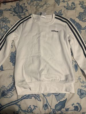 Adidas woman's xsmall black and white sweatshirt for Sale in Hicksville, NY