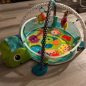 Sea Turtle Ball Pit/Play Gym For Babies and Toddlers. for Sale in Phoenix, AZ