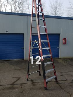 Werner 12-ft Fiberglass Step Ladder (Type 1AA-375#) for Sale in Damascus,  OR