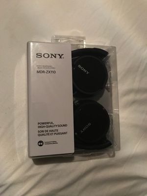 Sony wired headphone for Sale in Gurnee, IL