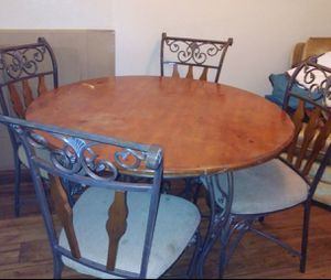 Iron rod table and chairs for Sale in Avondale, AZ