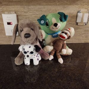 Bundle Of Stuffed Toys for Sale in Lakeville, MN