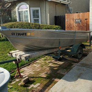 12 Foot Aluminum Boat Valco for Sale in Winton, CA