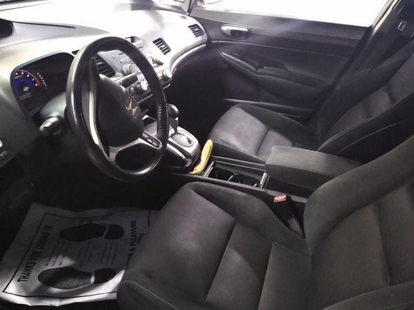 2009 Honda Civic 4 Doors Lx Auto 4 cylinders 174 k miles