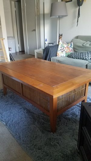 Coffee Table for Sale in Spring Valley, CA
