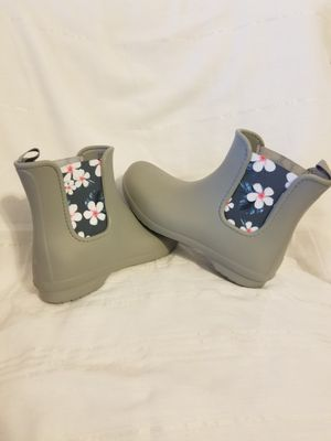 Crocks Rain Boot size 8M womens for Sale in North Las Vegas, NV