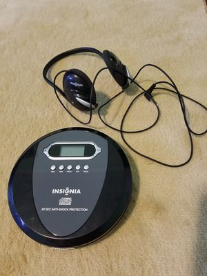 Insignia CD mp3 player with earphones. for Sale in Brooklyn, NY