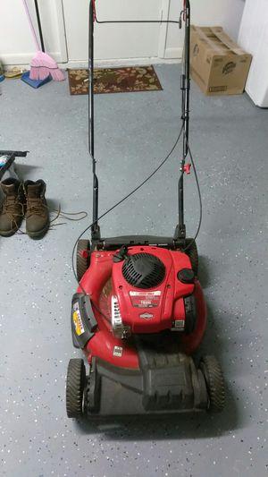 """Troy-bilt 21"""" self propelled lawn mower TB200 for Sale in Brandon, FL"""