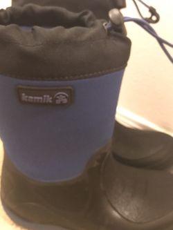 Kamik Waterproof Boots For Kids Size 2 for Sale in Everett,  WA