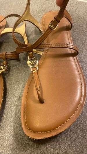 Michael Kors (MK) Gold/Brown Sandals (W7.5) for Sale in St. Petersburg, FL