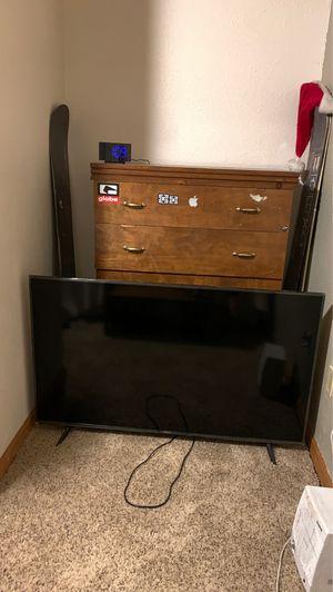"55"" Hisense 4K roku tv for Sale in Lakewood, CO"
