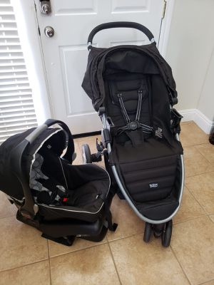 Complete Britax B-Agile Stroller Travel System for Sale in Sacramento, CA