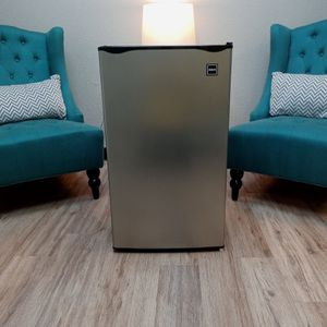2019 RCA Mini-Fridge! Needs New Compressor. for Sale in Lakeland, FL