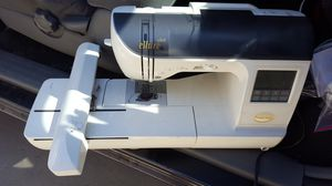 Babylock ellure Plus model BLR2 for Sale in La Verne, CA