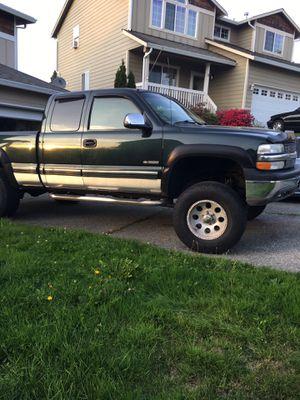 2001 Chevy Silverado 1500 for Sale in Marysville, WA