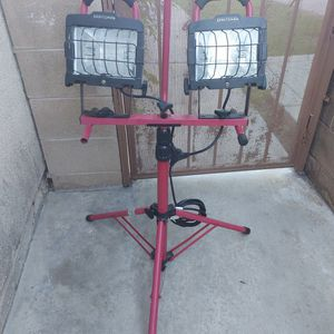 Craftsman Tripod Work Outdoor Light Lamp Portable for Sale in Eastvale, CA