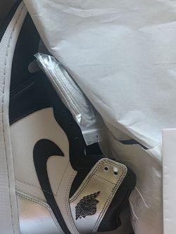 "Air Jordan 1 Retro High ""Silver Toe"" Size 10W (8.5 Men) for Sale in Las Vegas, NV"